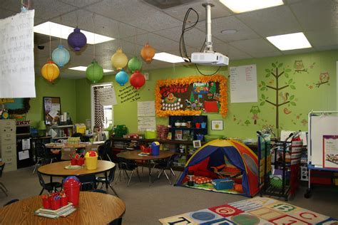 cute themes for school cute classroom inspiration whitney kelly from carlisle