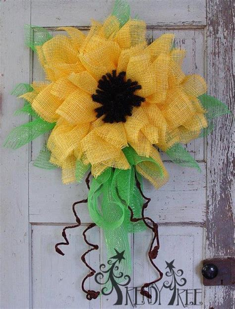 Yellow Paper Flower Wreath Tutorial | yellow paper flower tutorial trendy tree blog