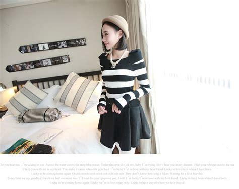 Blous Cewek Hitam Puuh Korean Style blouse wanita korea hitam putih simple model terbaru