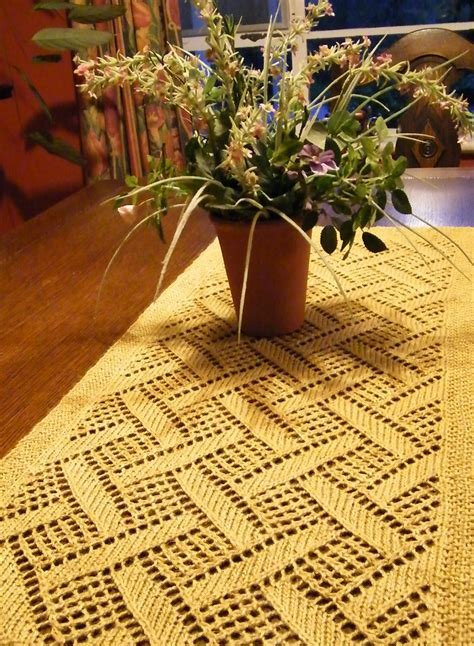 free knitting patterns for table runners table decor knitting patterns in the loop knitting