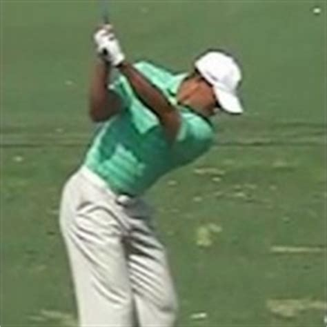 tiger woods slow motion swing 2012 19 best images about tour golf swings on pinterest sean