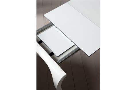 tavolo laccato bianco o nero lucido tavoli a prezzi scontati