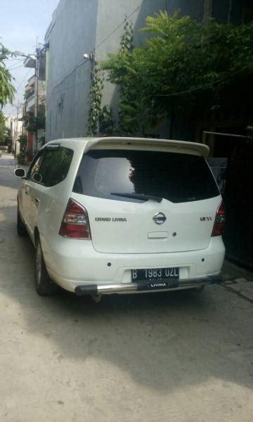 grand livina 1 5 xv manual bensin putih 2013 mobilbekas