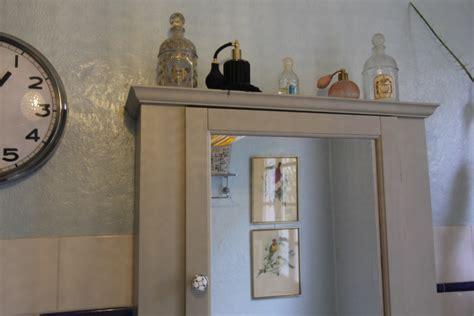 Du Radiateur 5159 by Petites Am 233 Liorations 224 La Peinture Dans La Salle De Bain