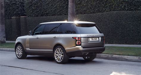 land rover road wallpaper gray land rover range rover l322 parked on side of road hd
