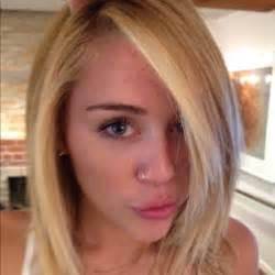 Short Bathtub Length Cele Bitchy Miley Cyrus Goes Blonde Amp Makes Duck Lips