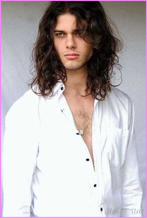 Cool Hairstyles For Guys With Hair by Cool Haircuts For Guys With Kinda Hair Stylesstar