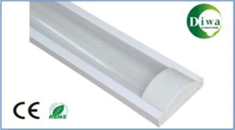 medicine cabinet fluorescent light covers china t5 fluorescent light fixture with prismatic cover