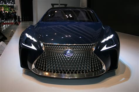 lexus lf fc hydrogen powered lexus lf fc concept previews next gen ls
