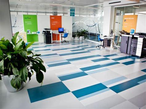 liuni pavimenti pavimenti vinilici eterogenei autoposanti