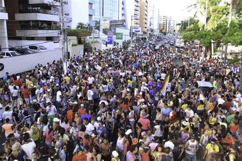 Calendã Belo Horizonte 2017 Parada Do Orgulho Lgbt De Macei 243 Entra Para Calend 225