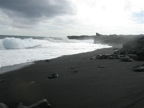 black sand beaches hawaii hilo hi black sand beach near hilo hawaii photo