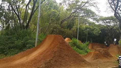 backyard bmx dirt jumps bmx backyard dirt jumps page 2 bmx model reviews check