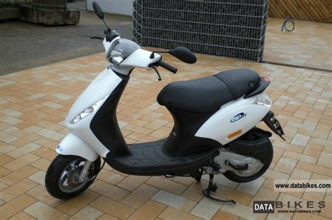 piaggio bikes and atv s with pictures