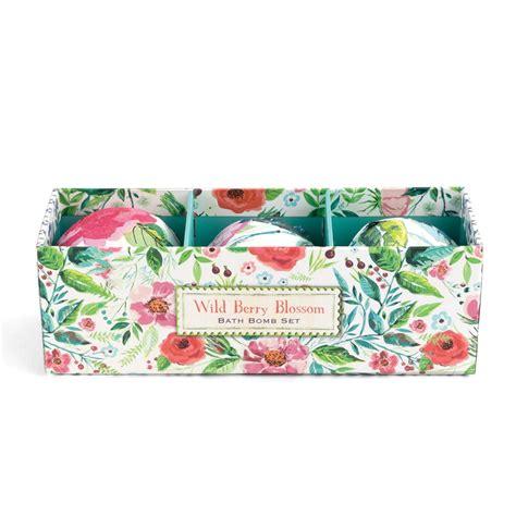 amazon com michel design works peony blossom home fragrance room wild berry blossom bath bomb set