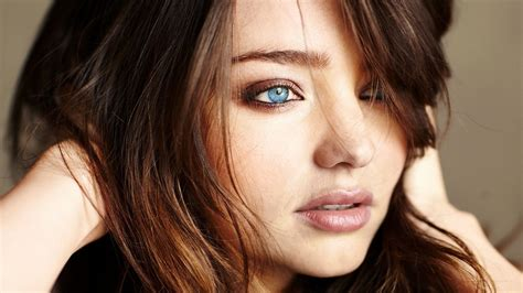 most gorgeous most beautiful women hd wallpaper 64 images