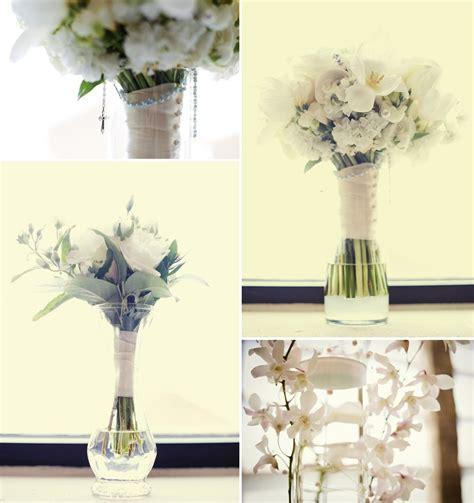 simple elegant wedding flowers ivory bridal bouquet