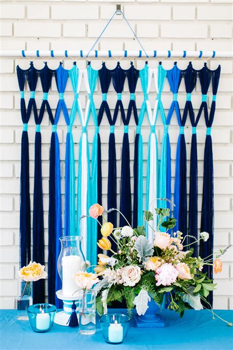 13 DIY Wedding Photo Booth Backdrops That Are Fun And Affordable   Weddingomania