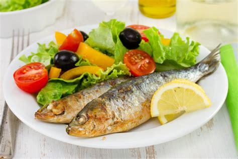 cuisiner des sardines astuces cuisine comment pr 233 parer et cuisiner la sardine