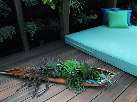 Durie Vertical Garden Outdoor Lounging Spaces Daybeds Hammocks Canopies And