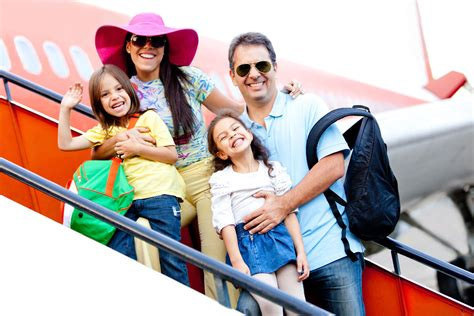travelling with children family vacation money saving tips ingenious travel