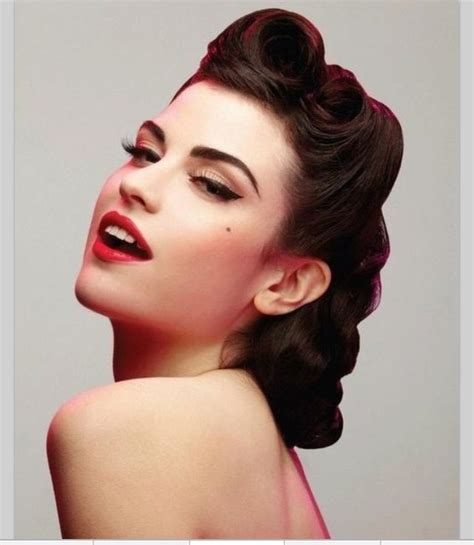 40s Hairstyle by 40s Hair Style