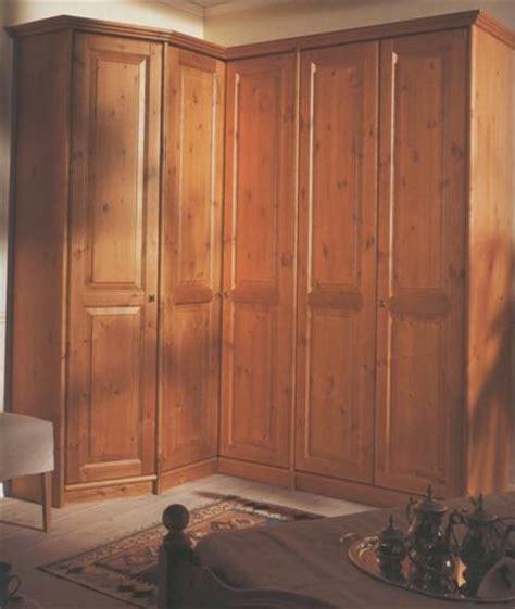 armadi rustici armadio rustico massiccio legno
