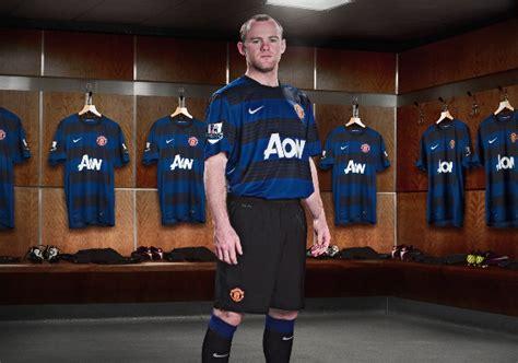 Jersey Manchester United Gk Home 11 12 new manchester united away kit 11 12 blue football kit