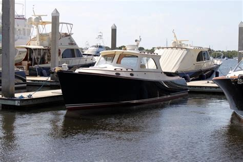 hinckley picnic boats for sale 2003 hinckley picnic boat ep power boat for sale www