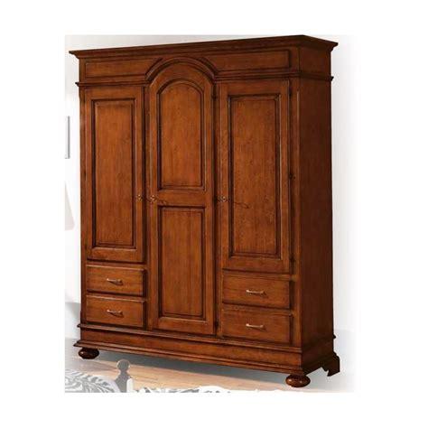 armadio avorio armadio avorio anticato con decori verde arredamenti
