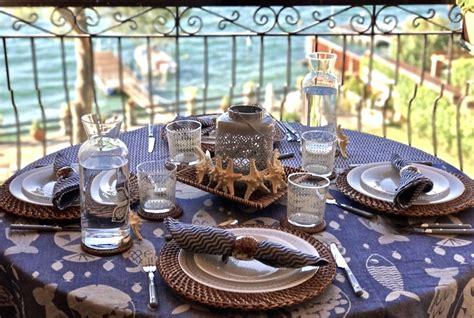 come apparecchiare una tavola estiva una tavola vista mare come apparecchiare in terrazza www