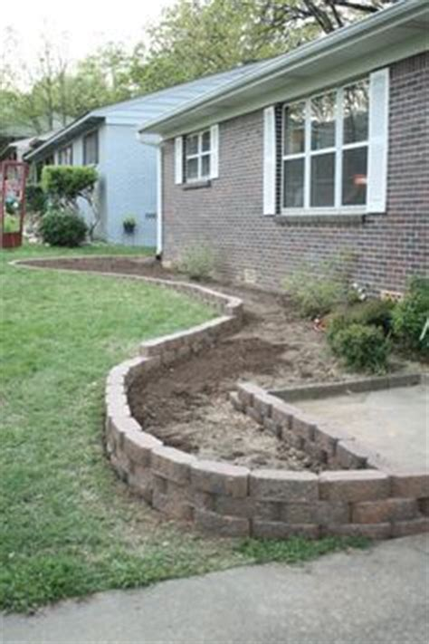 landscaping around house foundation best 25 landscaping around house ideas on pinterest driveway landscaping rock