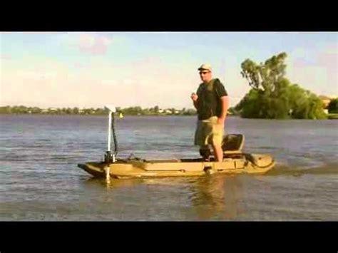 stealth 2000 duck boat motor mount beavertail stealth 2000 with bow mount minn kota i pilot