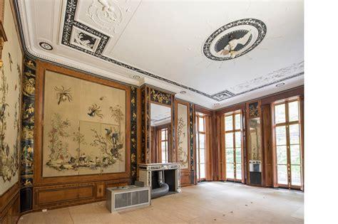 huis ten bosch maxima verder is het plafond van de witte eetzaal gerestaureerd
