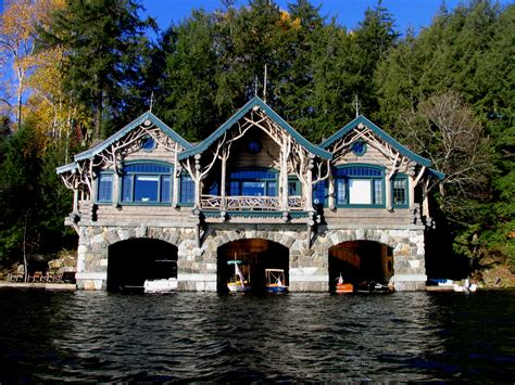 picture of boat house file boathouse 2 at topridge jpg wikipedia
