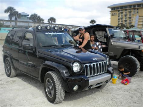 lifted jeep liberty image gallery jeep liberty renegade