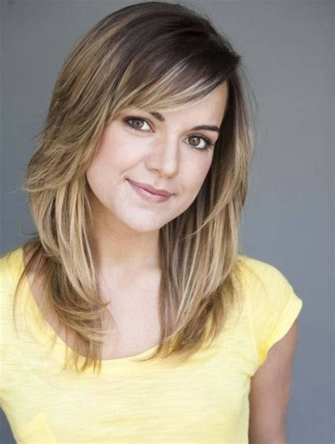 girl hairstyles with side bangs cute medium haircuts for teenage girls with side bangs