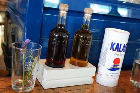 Shelf Of Wine Vinegar by Does Wine Vinegar Go Bad Does It Go Bad