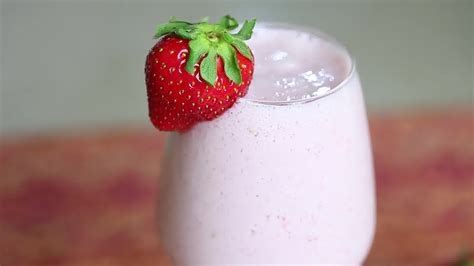 simple strawberry smoothies recipes dishmaps