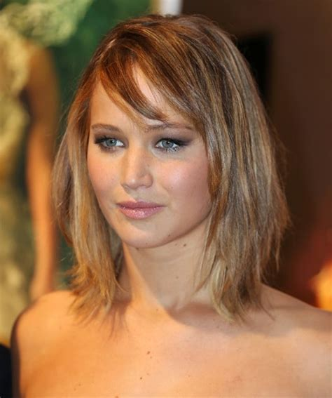 Jennifer Lawrence Haircuts and Hairstyles: Bob Cut, Pixies