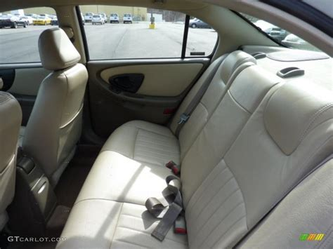 neutral interior 2000 chevrolet malibu ls sedan photo