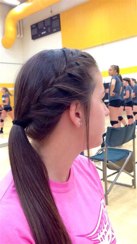 quick and easy volleyball hairstyles best 25 volleyball hairstyles ideas on pinterest