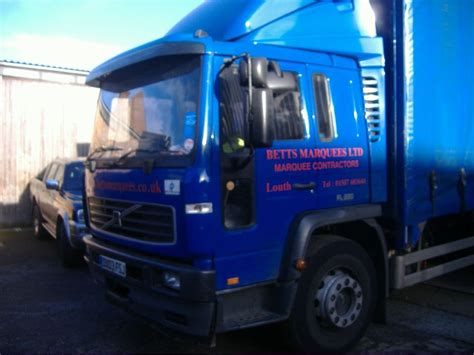 secondhand lorries  vans curtain side volvo curtainside lorry lincolnshire