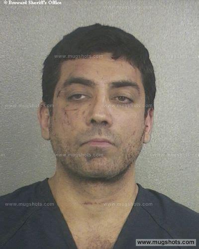 Emt Criminal Record Zeke Zikria Mugshot Zeke Zikria Arrest Broward County Fl Booked For Battery On