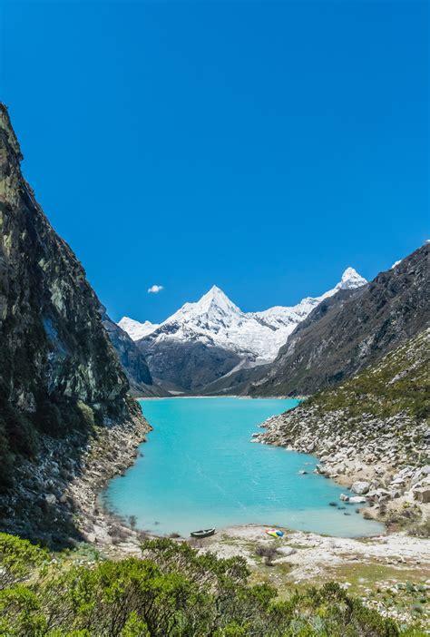 wallpaper lake paron mountains blue sky peru