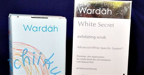 Wardah White Secret Milk Cleanser review wardah white secret exfoliating scrub pejalan kaki