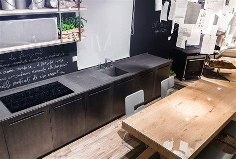 cucine in ferro cucina industriale in metallo e pietra basaltina