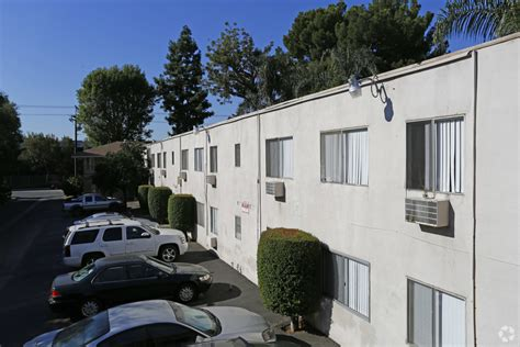apartment courtyard courtyard apartments rentals nuys ca apartments