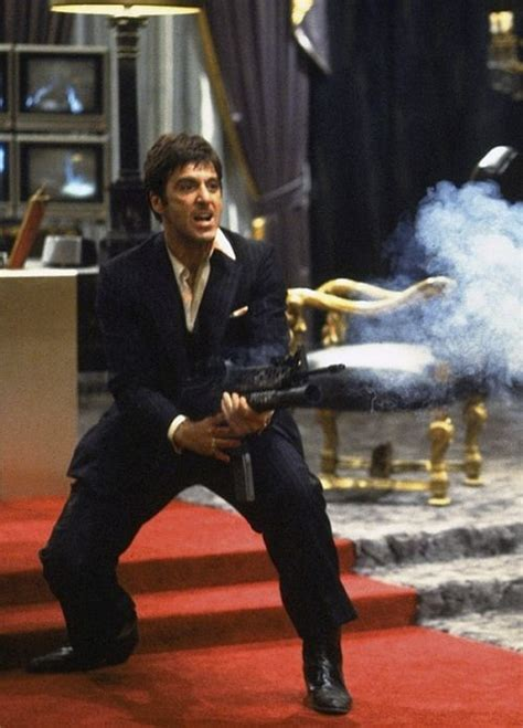 la finestra sul cortile remake al pacino in scarface directed by brian de palma 1983