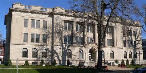 Tazewell County Il Court Records File Tazewell County Illinois Courthouse From Sw 1 Jpg Wikimedia Commons